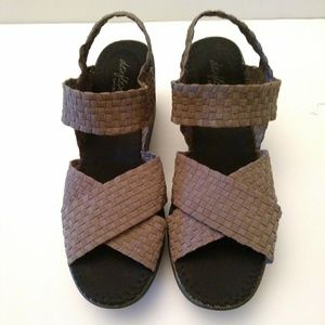 Dexflex Sport Taupe Wedge Sandals